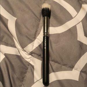 Mac  188 brush
